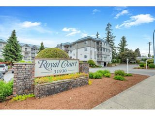 """Main Photo: 213 31930 OLD YALE Road in Abbotsford: Abbotsford West Condo for sale in """"ROYAL COUNT"""" : MLS®# R2586118"""