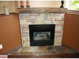 Photo 3: 5 2023 WINFIELD Drive in Abbotsford: Abbotsford East Townhouse for sale : MLS®# F1106171