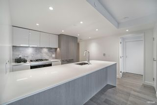"""Photo 8: 2210 1111 RICHARDS Street in Vancouver: Downtown VW Condo for sale in """"8X ON THE PARK"""" (Vancouver West)  : MLS®# R2620685"""