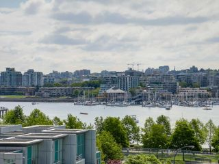 Photo 8: 803 428 BEACH Crescent in Vancouver: Yaletown Condo for sale (Vancouver West)  : MLS®# R2072146