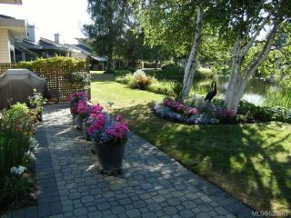 Photo 24: 911 Lakes Blvd in FRENCH CREEK: PQ French Creek Row/Townhouse for sale (Parksville/Qualicum)  : MLS®# 626665