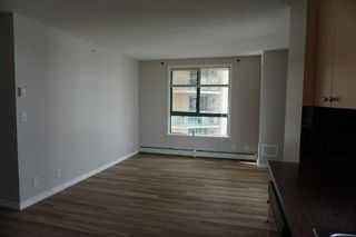 Photo 6: 902 1111 6 Avenue SW in Calgary: Downtown West End Apartment for sale : MLS®# A1102114