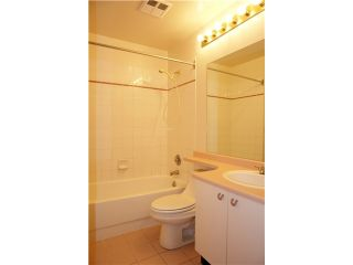 """Photo 8: 250 8300 General Currie in Richmond: Brighouse South Townhouse for sale in """"Carmelia Garden"""" : MLS®# V969184"""