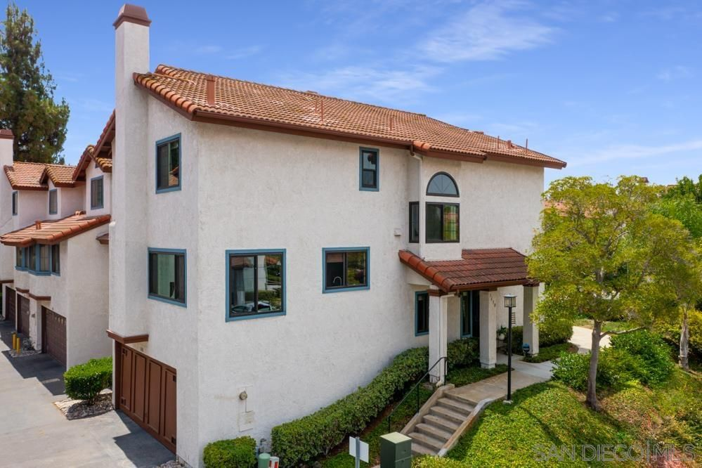 Main Photo: Townhouse for sale : 3 bedrooms : 3638 MISSION MESA WAY in San Diego