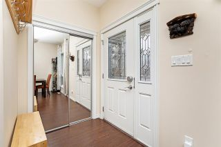 Photo 3: 1078 GAULT Boulevard in Edmonton: Zone 27 Townhouse for sale : MLS®# E4235265