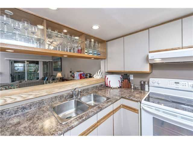 """Photo 2: Photos: 18 2978 WALTON Avenue in Coquitlam: Canyon Springs Townhouse for sale in """"CREEK TERRACE"""" : MLS®# V1049837"""