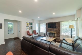 Photo 3: 4656 MAPLERIDGE Drive in North Vancouver: Canyon Heights NV House for sale : MLS®# R2616027