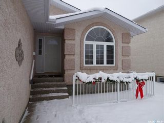 Photo 2: 476 Charlton Place North in Regina: Westhill RG Residential for sale : MLS®# SK713407