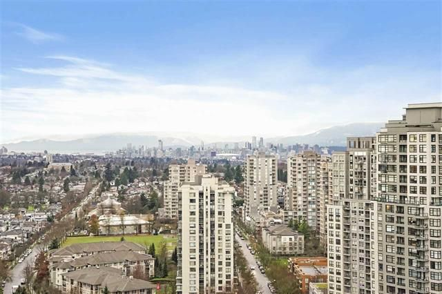 Main Photo: 2502 5665 Boundary Road in Vancouver: Collingwood VE Condo for sale (Vancouver East)  : MLS®# R2532376