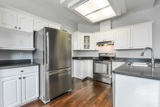"""Photo 11: 29 6380 121 Street in Surrey: Panorama Ridge Townhouse for sale in """"Forest Ridge"""" : MLS®# R2342943"""