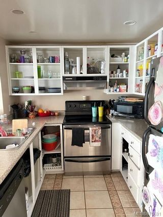 Photo 5: 8 8805 Central St in : NI Port Hardy Row/Townhouse for sale (North Island)  : MLS®# 875691