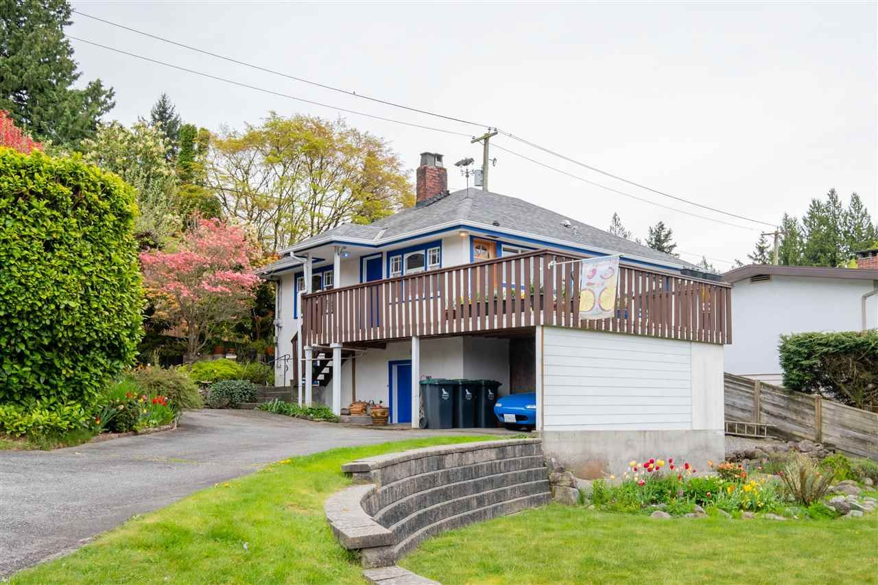Main Photo: 3085 MAHON Avenue in North Vancouver: Upper Lonsdale House for sale : MLS®# R2574850