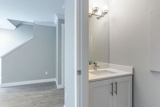 Photo 4: 3 2321 RINDALL Avenue in Port Coquitlam: Central Pt Coquitlam Townhouse for sale : MLS®# R2137583