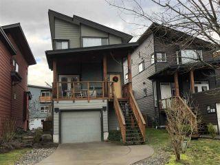 "Photo 1: 25 40137 GOVERNMENT Road in Squamish: Garibaldi Estates House for sale in ""Amblepath"" : MLS®# R2239494"