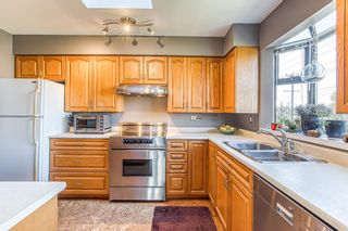 """Photo 6: 409 777 EIGHTH Street in New Westminster: Uptown NW Condo for sale in """"MOODY GARDENS"""" : MLS®# R2408757"""