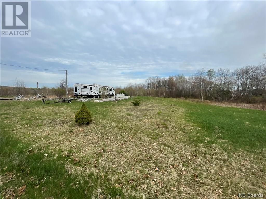 Main Photo: 191 Upper Mills Road in Upper Mills: Vacant Land for sale : MLS®# NB058063