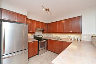 Photo 21: 16 3880 Duke Of York Boulevard in Mississauga: City Centre Condo for sale : MLS®# W2811487