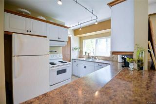 Photo 6: 18 Wakefield Bay in Winnipeg: Pulberry Residential for sale (2C)  : MLS®# 1812637