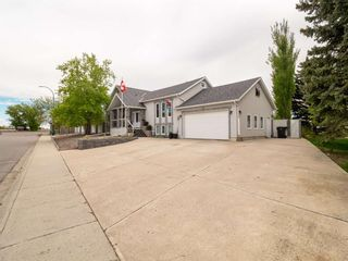 Photo 3: For Sale: 1635 Scenic Heights S, Lethbridge, T1K 1N4 - A1113326