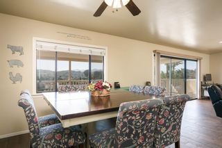 Photo 11: LAKESIDE House for sale : 3 bedrooms : 9111 Paradise Park Dr