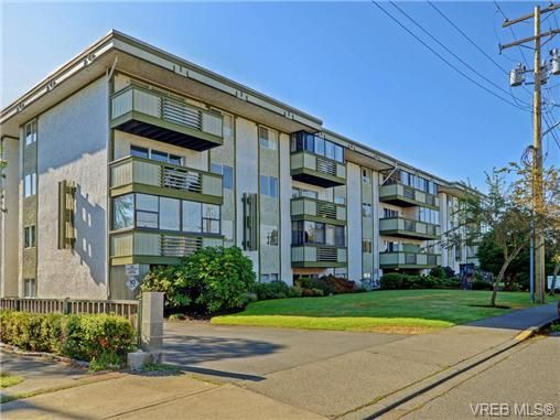 Main Photo: 309 25 Government St in VICTORIA: Vi James Bay Condo for sale (Victoria)  : MLS®# 741219