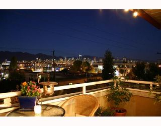 """Photo 9: 204 1870 W 6TH Avenue in Vancouver: Kitsilano Condo for sale in """"HERITAGE AT CYPRESS"""" (Vancouver West)  : MLS®# V667714"""