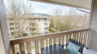 "Photo 6: 426 801 KLAHANIE Drive in Port Moody: Port Moody Centre Condo for sale in ""INGLENOOK/KLAHANIE"" : MLS®# R2539109"