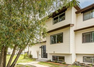 Photo 2: 9 73 Glenbrook Crescent: Cochrane Row/Townhouse for sale : MLS®# A1137466