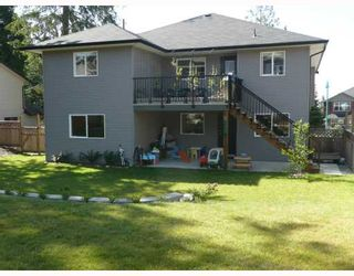 """Photo 10: 6368 PICADILLY Place in Sechelt: Sechelt District House for sale in """"WEST SECHELT"""" (Sunshine Coast)  : MLS®# V774741"""