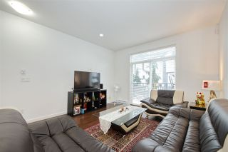 Photo 2: 9 2487 156 Street in Surrey: King George Corridor Townhouse for sale (South Surrey White Rock)  : MLS®# R2428801
