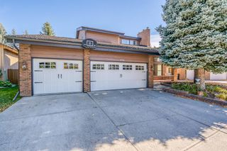 Main Photo: 156 Canterville Drive SW in Calgary: Canyon Meadows Detached for sale : MLS®# A1150336