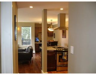 """Photo 16: 112 1424 WALNUT Street in Vancouver: Kitsilano Condo for sale in """"WALNUT PLACE"""" (Vancouver West)  : MLS®# V707285"""