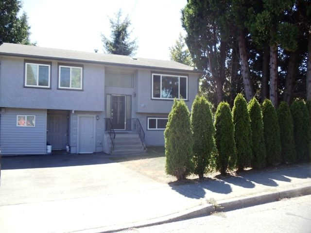 Main Photo: 15860 North bluff Road in White Rock: Home for sale : MLS®# f1022197