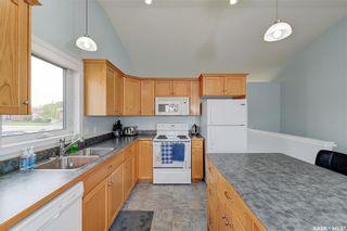 Photo 6: 102 Overholt Crescent in Saskatoon: Arbor Creek Residential for sale : MLS®# SK856160