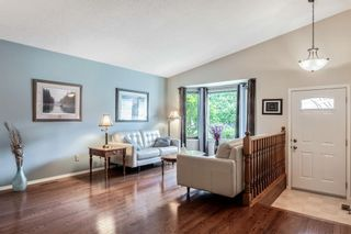 Photo 3: 208 Riverbirch Road SE in Calgary: Riverbend Detached for sale : MLS®# A1119064