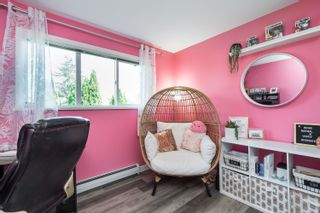 """Photo 19: 303 5909 177B Street in Surrey: Cloverdale BC Condo for sale in """"Carriage Court"""" (Cloverdale)  : MLS®# R2617763"""