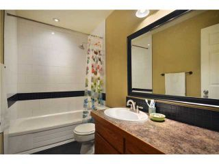 Photo 5: 431 LEHMAN Place in Port Moody: North Shore Pt Moody Condo for sale : MLS®# V929359