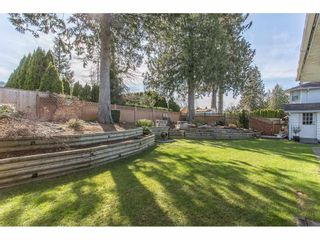 Photo 2: 44740 CUMBERLAND Avenue in Sardis: Vedder S Watson-Promontory House for sale : MLS®# R2247306