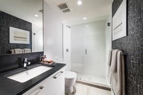 """Photo 4: 256 983 E HASTINGS Street in Vancouver: Hastings East Condo for sale in """"The Heatley"""" (Vancouver East)  : MLS®# R2111751"""