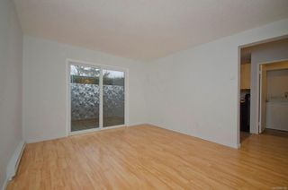 Photo 8: 2 477 Lampson St in : Es Old Esquimalt Condo for sale (Esquimalt)  : MLS®# 862134