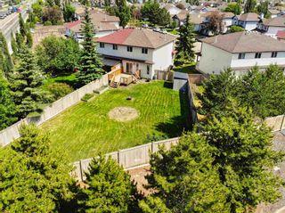 Photo 1: 9150 166 Avenue in Edmonton: Zone 28 House Half Duplex for sale : MLS®# E4251523