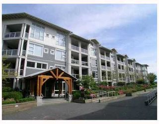 """Photo 1: 413 4600 WESTWATER Drive in Richmond: Steveston South Condo for sale in """"COPPER SKY EASY"""" : MLS®# V775539"""
