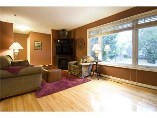 Photo 3: 4815 40 Avenue SW in CALGARY: Glamorgan Residential Detached Single Family for sale (Calgary)  : MLS®# C3494694