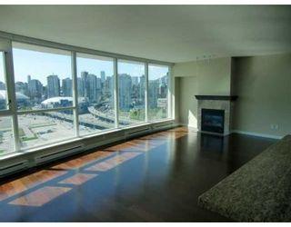 Photo 5: # 2005 120 MILROSS AV in Vancouver: Condo for sale : MLS®# V823178
