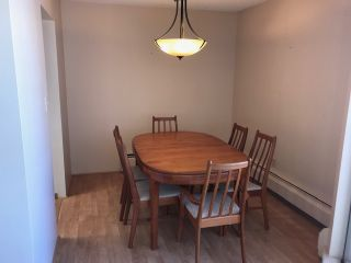 "Photo 7: 502 1480 FOSTER Street: White Rock Condo for sale in ""White Rock Square I"" (South Surrey White Rock)  : MLS®# R2442342"
