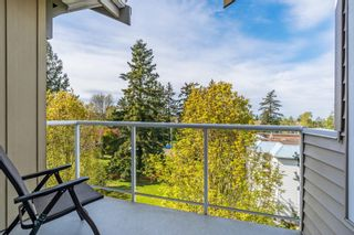 "Photo 8: 406 15323 17A Avenue in Surrey: King George Corridor Condo for sale in ""Semiahmoo Place"" (South Surrey White Rock)  : MLS®# R2571270"