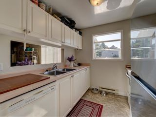Photo 1: 44 622 FARNHAM Road in Gibsons: Gibsons & Area Condo for sale (Sunshine Coast)  : MLS®# R2604137