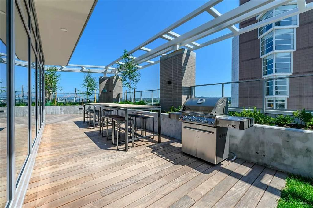 Photo 19: Photos: 2406 - 908 Quayside Drive in New Westminster: Quay Condo for sale