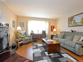 Photo 4: 3053 Chantel Pl in VICTORIA: Co Hatley Park House for sale (Colwood)  : MLS®# 766180