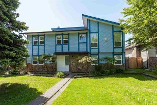 Photo 1: 15278 84A Avenue in Surrey: Fleetwood Tynehead House for sale : MLS®# R2392421